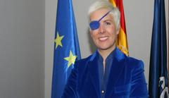 one-eyed female formula one driver, maria de villota, cleared to race again
